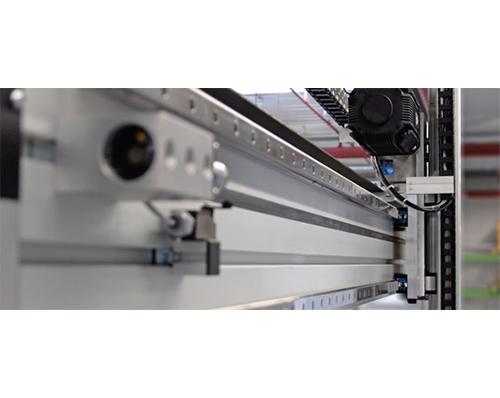 桁架機器人是怎麼組成的(de)发战书?